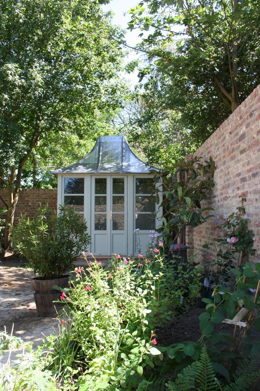 Englisches Gartenhaus